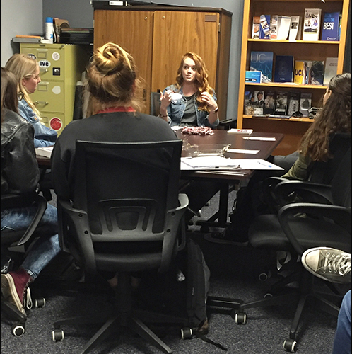 Sara Fiskdal, Washington State rep meets with Foothill students